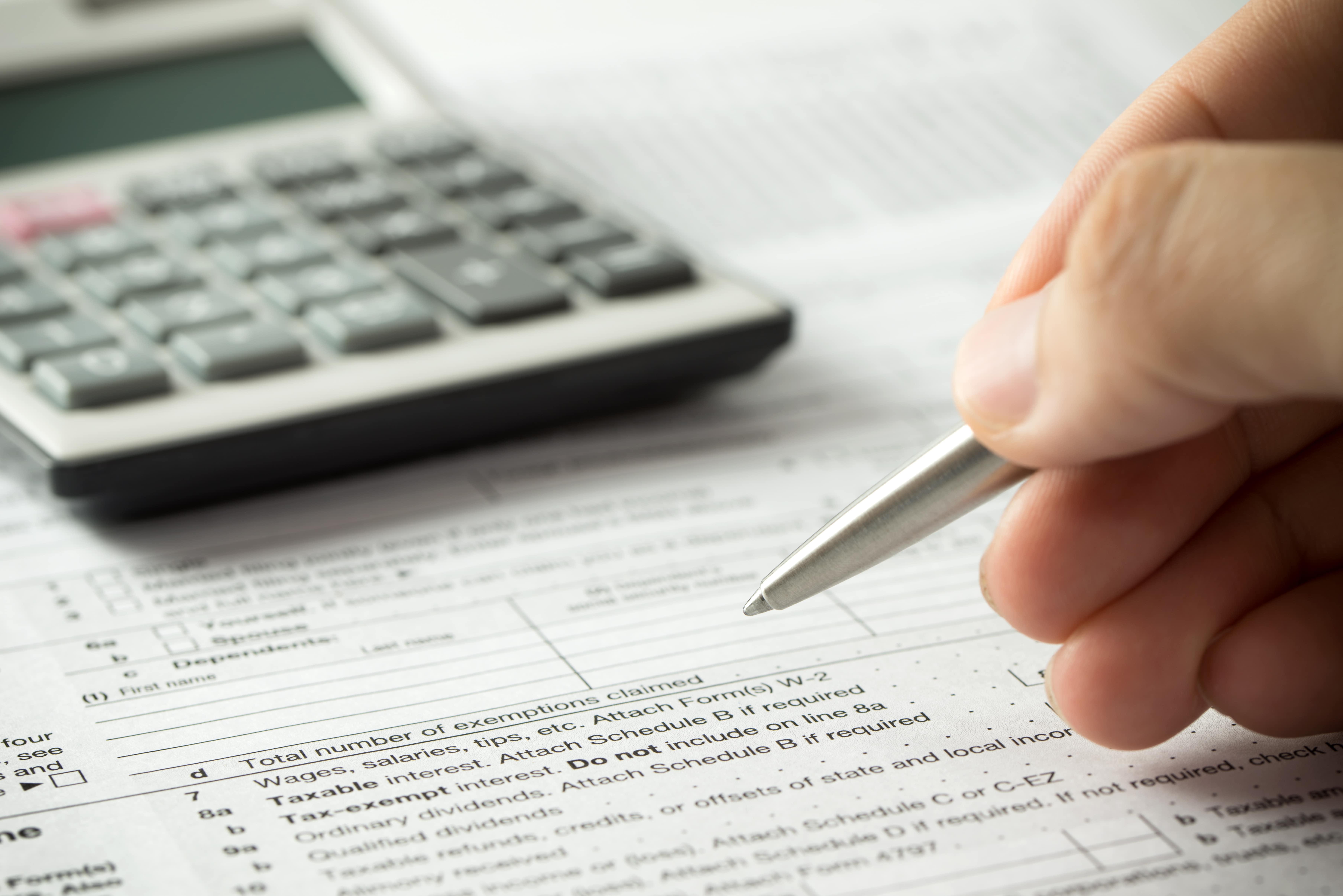 taxes-min